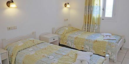 Kaksio, hotelli 3 Brothers Agia Annan ulkopuolella. Naxos, Kreikka.