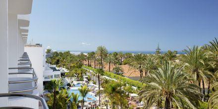 Näkymä hotellilta. Hotelli Abora Catarina by Lopesan, Playa de Ingles, Gran Canaria.