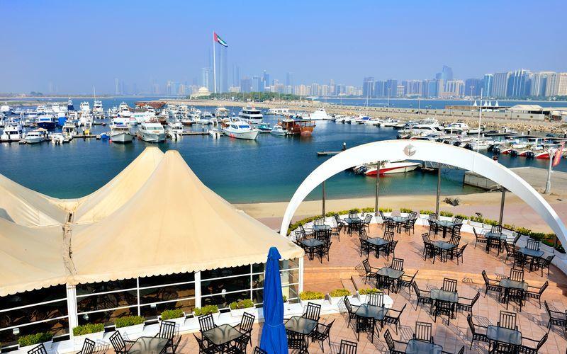 Vapaa dating Club Dubaissa
