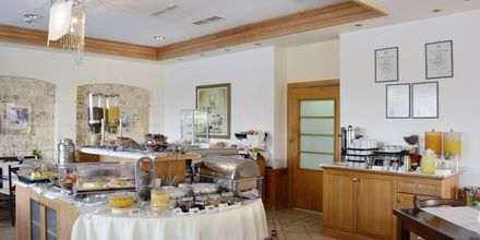 Ravintola. Hotelli Aegean Houses. Lambi, Kos, Kreeta.