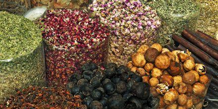 Ajman - Vierailu maustesoukissa