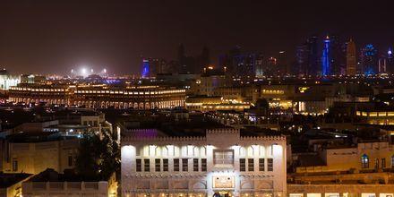 Ilta hotellilla. Hotelli Al Najada by Tivoli, Doha.