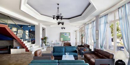 Vastaanotto. Hotelli Alea Mare, Leros, Kreikka.