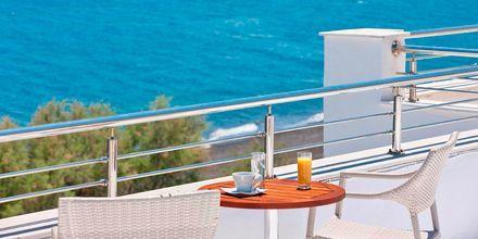 Hotelli Alesahne Beach, Santorini, Kreikka.