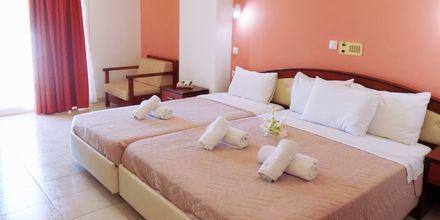 Kahden hengen huone, hotelli Alexandros. Lefkas, Kreikka.