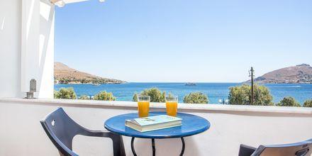 Kahden hengen huone merinäköalalla. Hotelli Alinda, Leros, Kreikka.
