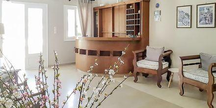 Vastaanotto. Hotelli Alkyon, Kamari, Santorini.