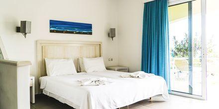 Yksiö. Hotelli Almyra Village, Karpathos.
