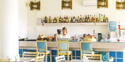 Baari. Hotelli Almyra Village, Karpathos.