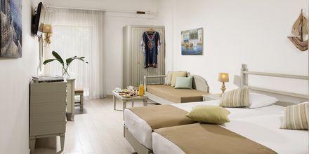Kahden hengen huone. Hotelli Almyrida Beach, Kreeta.