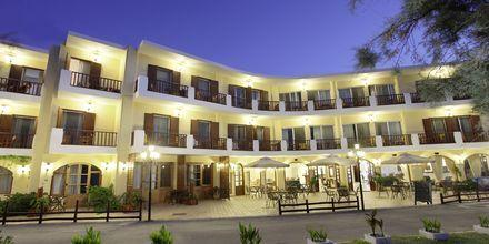 Näkymä Almyrida Studiosin yli, Hotelli Almyrida Resort, Kreeta.