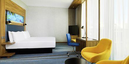 Kahden hengen huone hotellilla Aloft Palm Jumeirah. Dubai, Arabiemiraatit.