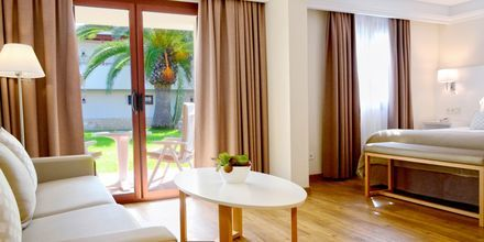 Juniorsviitti. Hotelli Suite Hotel Atlantis Fuerteventura Resort.