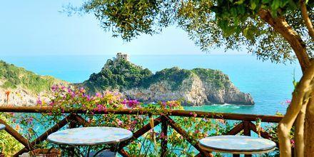Näkymä Conca dei Marinista, Amalfin rannikolla-