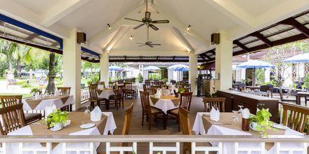 Kahvila, hotelli Amora Beach Resort. Bangtao Beach, Phuket.