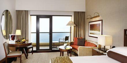 Deluxe-huone, Hotelli Amwaj Rotana Jumeirah Beach, Arabiemiraatit.