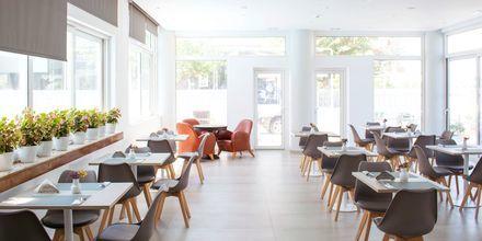 Ravintola, hotelli Anastasia, Kosin kaupunki.