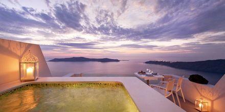 Sviitti. Hotelli Andromeda Villas, Caldera, Santorini, Kreikka.