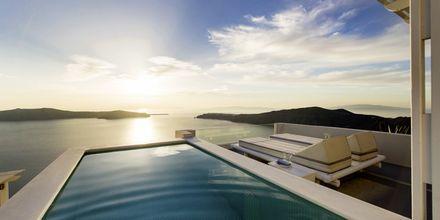 Deluxe-sviitti. Hotelli Andromeda Villas, Caldera, Santorini, Kreikka.