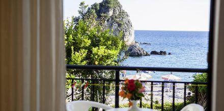 Kahden hengen huone, hotelli Angela. Parga, Kreikka.