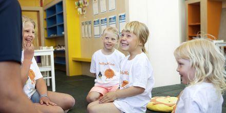 Lapsille leikkejä Apollon omassa lastenkerhossa Club Polly & Mino!