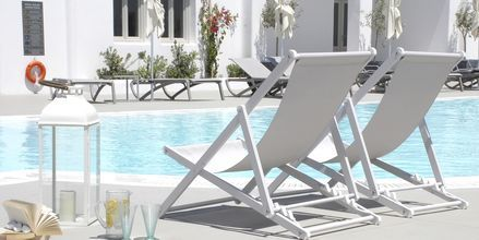 Allas, Hotelli Aqua Blue, Perissa, Santorini, Kreikka.
