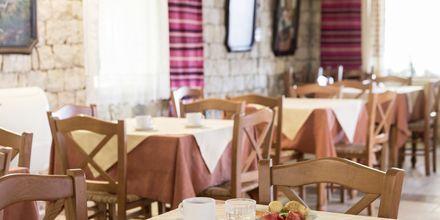Aamiaistarjoilu. Hotelli Aquamar, Kreeta, Kreikka.