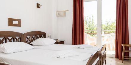 Kahden hengen huone. Hotelli Aquamar, Kreeta, Kreikka.