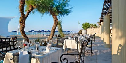 A la carte-ravintola, Hotelli Aquila Rithymna Beach, Kreeta, Kreikka.