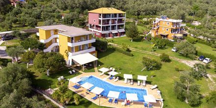 Allas ja puutarha, hotelli Aristidis Garden, Parga.