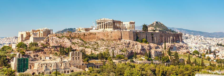 Akropoliksen kukkuja ja Parthenonin temppeli, Ateena, Kreikka.