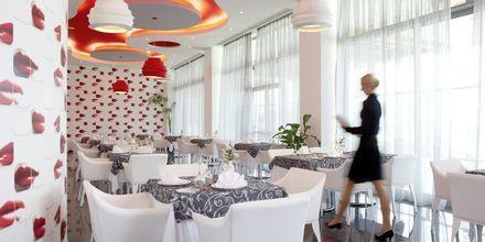 Ravintola Porfyra, Hotelli Atrium Platinum, Ixia, Rodos.