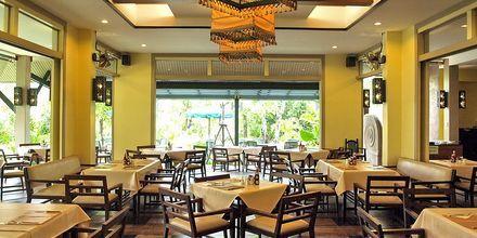 Ravintola. Hotelli Baan Khaolak Beach Resort, Thaimaa.