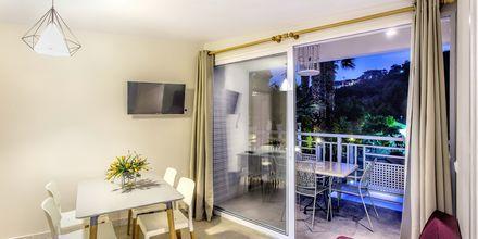 Sviitti. Hotelli Bacoli, Parga, Kreikka.