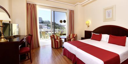 Kahden hengen huone. Hotelli Bahia Principe Sunlight San Felipe, Puerto de la Cruz, Teneriffa.