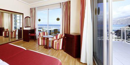 Juniorsviitti. Hotelli Bahia Principe Sunlight San Felipe, Puerto de la Cruz, Teneriffa.