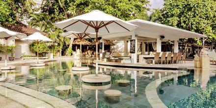 Allasbaari, Hotelli Bali Garden Beach Resort, Kuta.
