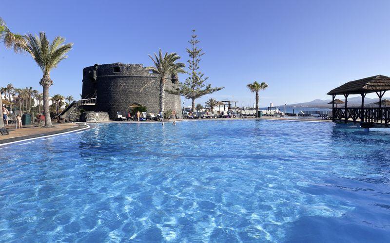 Barcelo Castillo Beach Resort