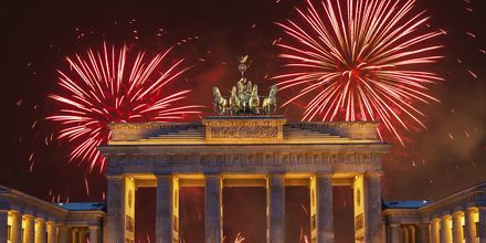 Ilotulituksia Brandenburgin portin yllä
