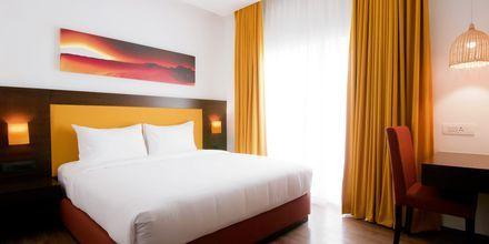 Superior-huone, Hotelli Bloom Suites, Pohjois-Goa, Intia.