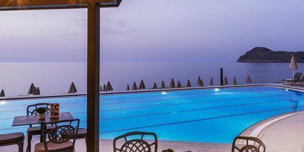 Allasalue, hotelli Blue Dome. Platanias, Kreeta.