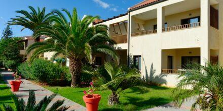 Hotelli Blue Sea Apartments, Platanias, Kreeta.