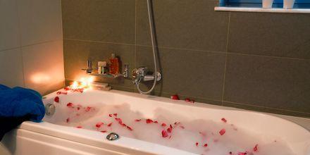 Kylpyhuone, Blue Sea Villas, Kreeta.