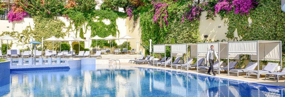 Allas. Hotelli Butrinti, Saranda, Albania.