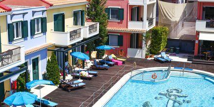 Allasalue, hotelli Captain Stavros. Lefkas, Kreikka.
