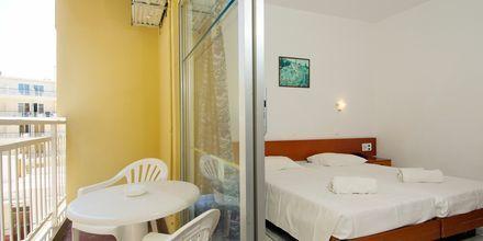 Kahden hengen huone, Hotelli Carina, Rodoksen kaupunki, Rodos.