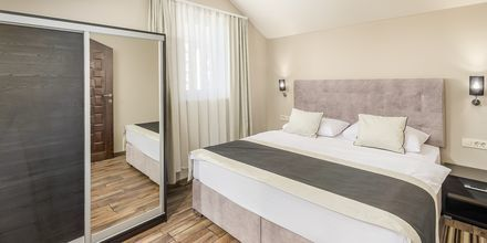 Kaksio. Hotelli Central Beach 9, Makarska, Kroatia.