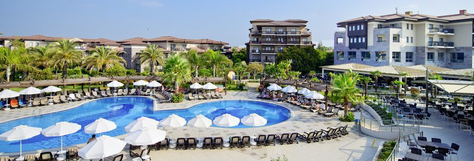 Allasalue, hotelli Club Calimera Serra Palace, Turkki.
