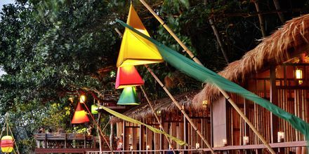 Rantaravintola, Crown Lanta Resort & Spa. Koh Lanta, Thaimaa.