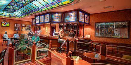 Al Khareef Pub, hotelli Crowne Plaza Resort. Salalah, Oman.